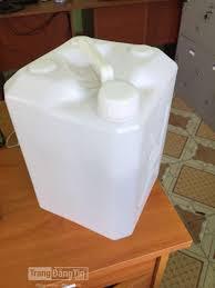 Sử dụng can nhựa đựng hóa chất có ảnh hưởng gì không.